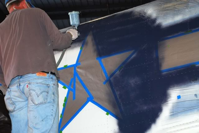 Painting the stars and bars - Dec.2012 - Dan Newcomb photo
