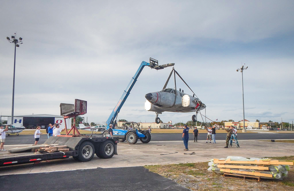 Unloading the Ute at Orlando Executive Airport. (photo via Andrew Rodriguez)