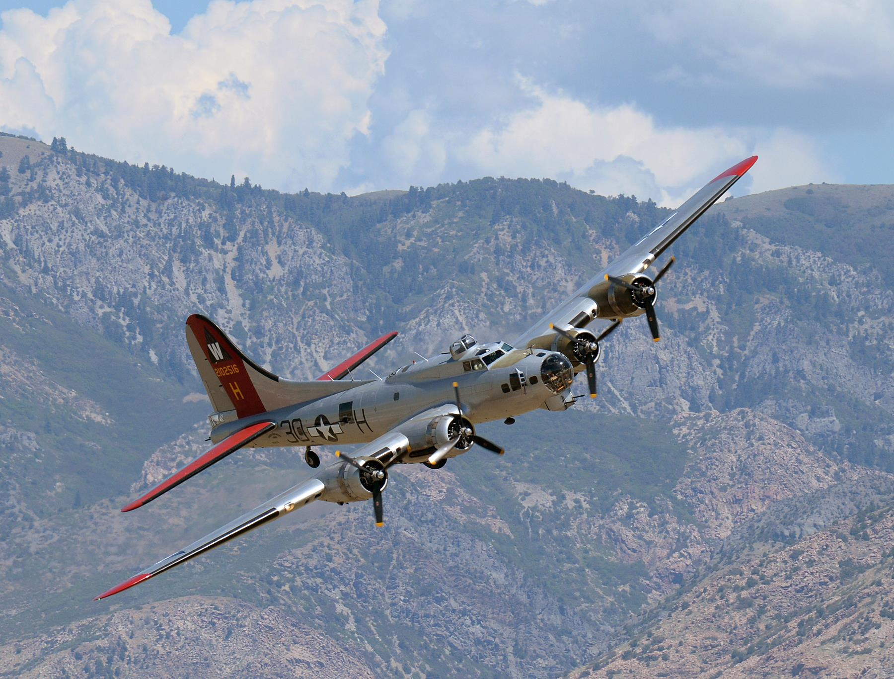 twelve wwii era aircraft to take part in b 17f memphis belle