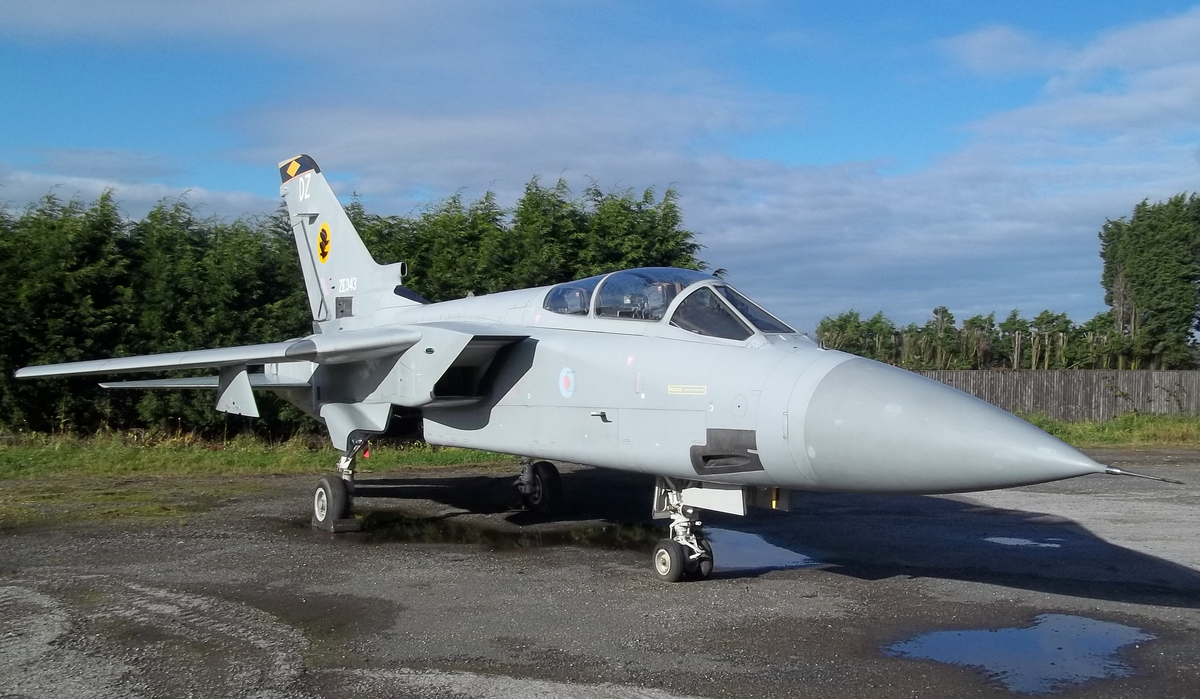 1988 Tornado ADV