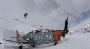 600px-caccia-bombardiere-al-Mottolino-Livigno-Fonte-video