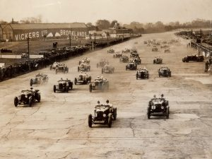 Early coexistence of road racing and aviation at Brooklands