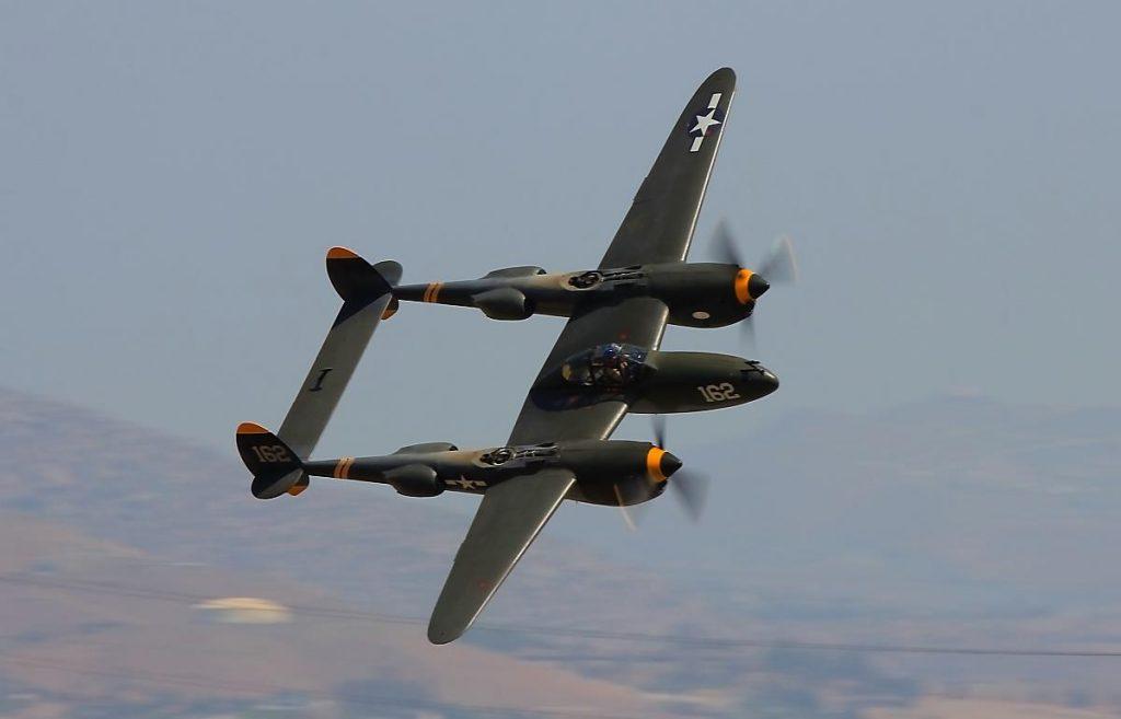 """P-38 Lightning """" Skidoo"""""""