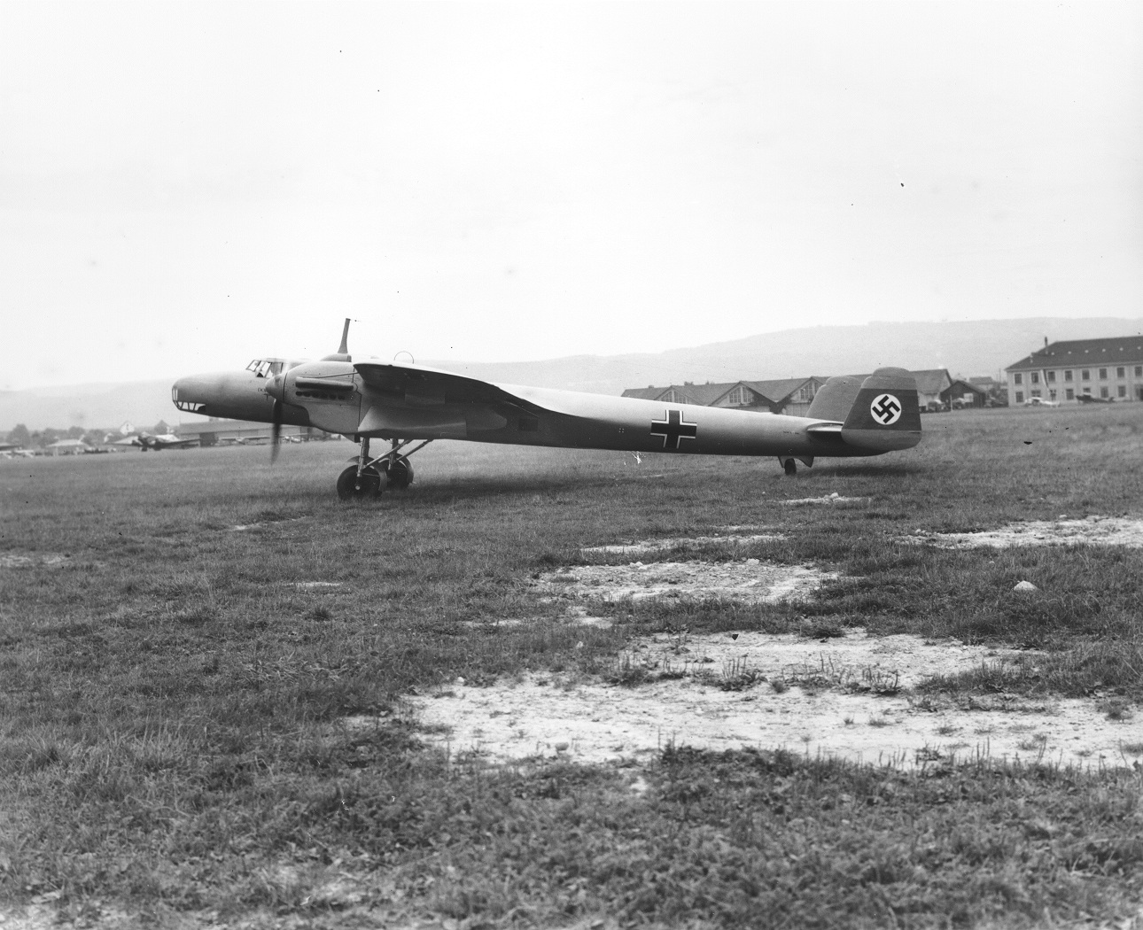 """Side view of a Dornier 17 illustrates why it earned the """"Flying Pencil"""" appellation.  (Image Credit: Trustees of the Royal Air Force Museum)"""
