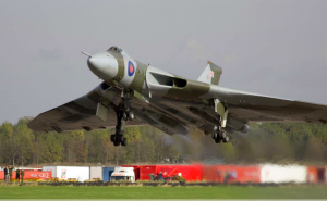 Avro Vulcan XH558 takes off on its first flight after restoration in 2007 (Image Credit: Vulcan to the Sky Trust)