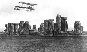 Bristol Boxkite overflies Stonehenge (Image Credit: RAF Museum)