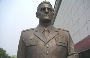 Statue of national hero Chennault... in China (Image Credit: Chennault Aviation and Military Museum)