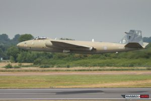 English Electric Canberra departing RAF Fairford after RIAT 2013 (Image Credit: Alan Howell)