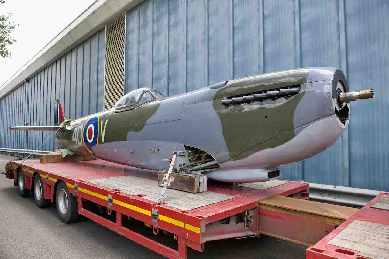 Spitfire Mk16 arrival ('©Trustees of the Royal Air Force Museum')
