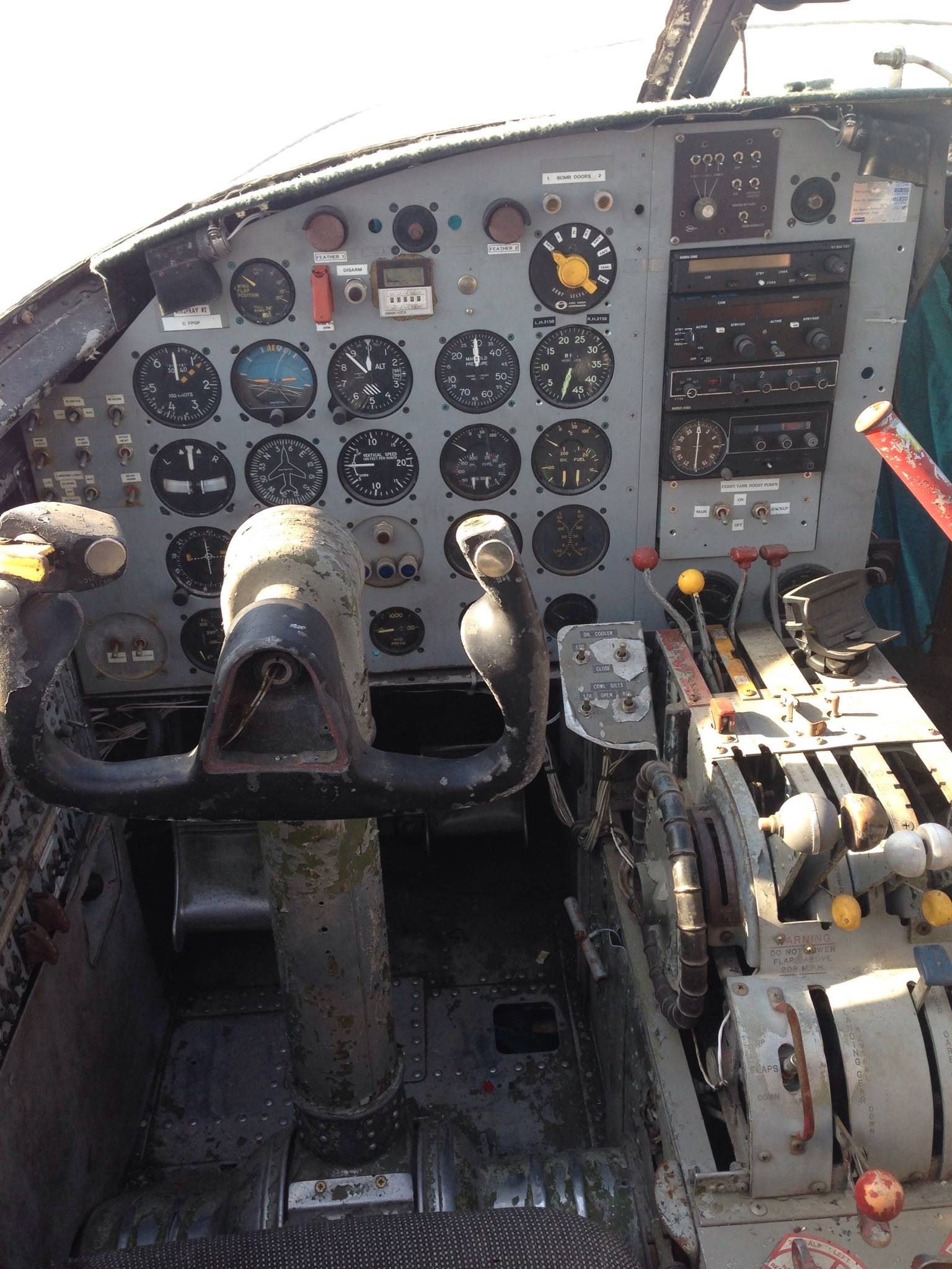 The Invader's main instrument panel. (Photo via Reevers)