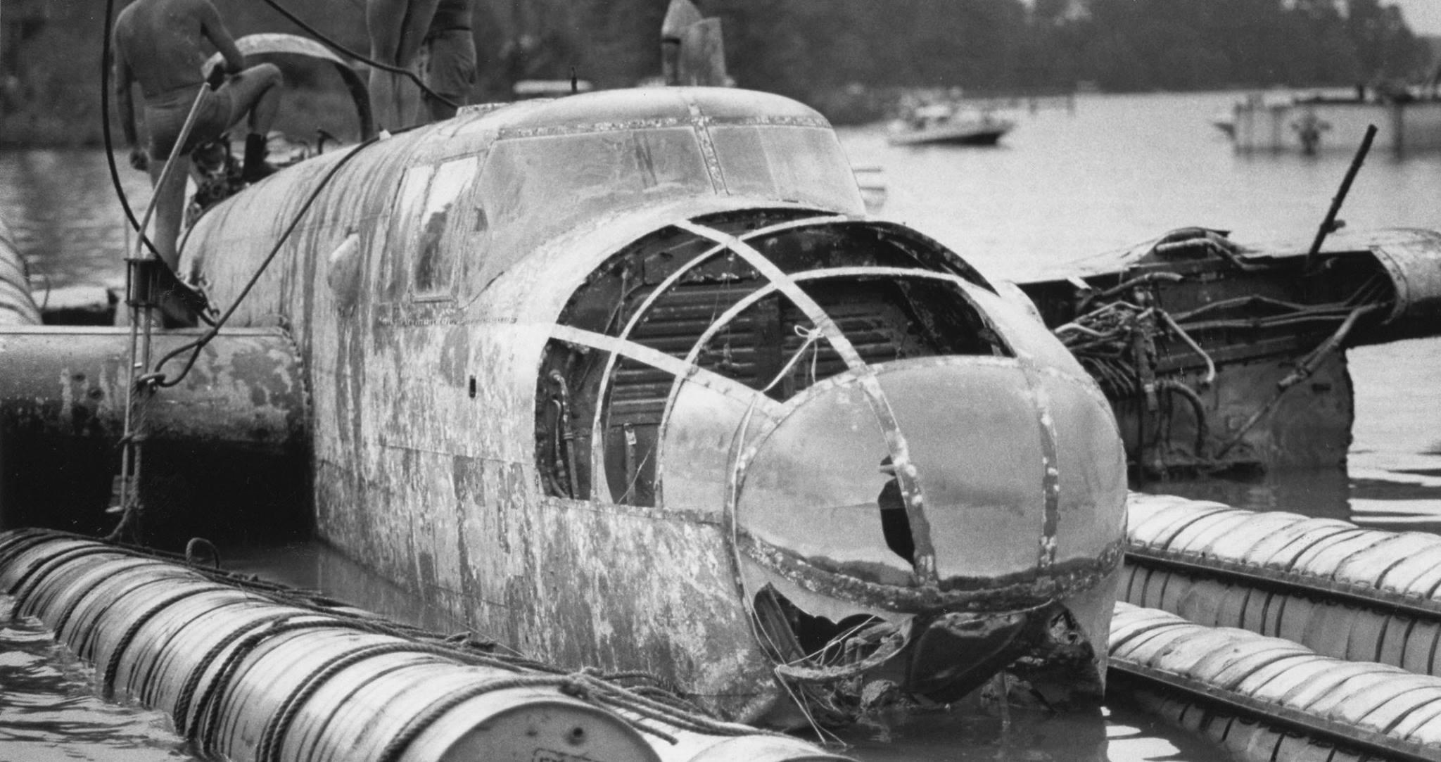 "B-25 ""Skunkie""_1983 Recovery_2"
