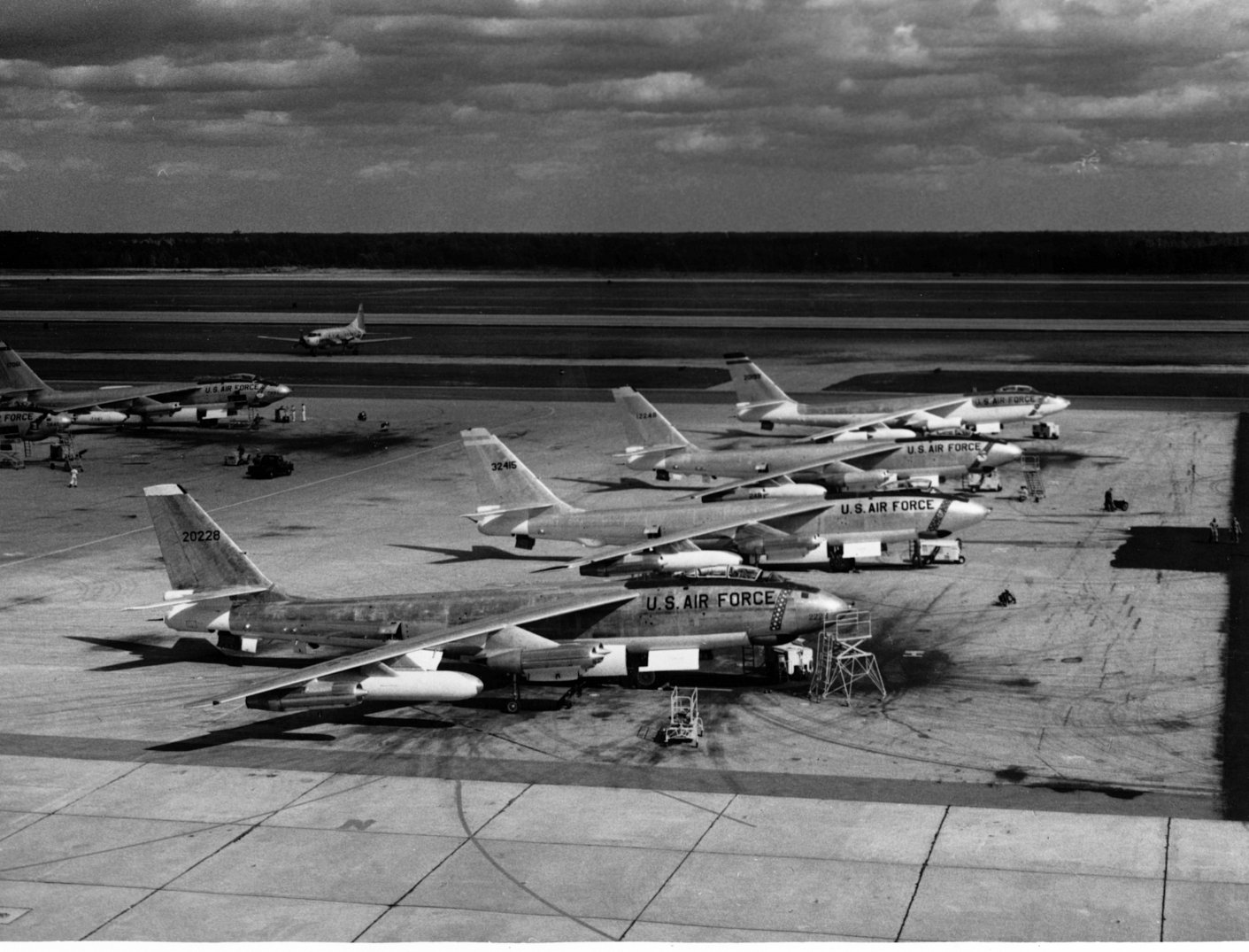 The USAF Strategic Air Command operated B-47 Stratojets (B-47s, EB-47s, RB-47s and YRB-47s) from 1951 through 1965.
