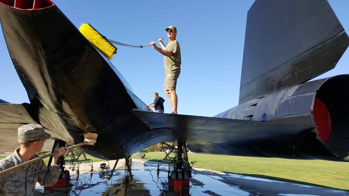 Beale AFB_ SR-71 Blackbird-002