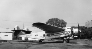 A side view of the Burnelli CBY-3 Loadmaster. Photo taken at Beacon Field Airport, Virginia, circa 1959. (San Diego Air and Space Museum Archives)