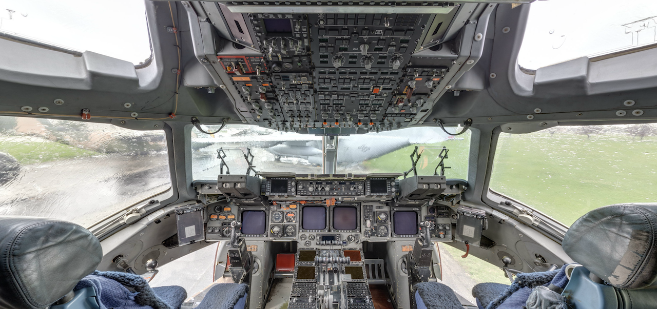 The cockpit of the Boeing C-17 Superfortress. ACI Cockpit360º app available from the museum and AeroCapture Images ( Image by National Museum of the U.S. Air Force).