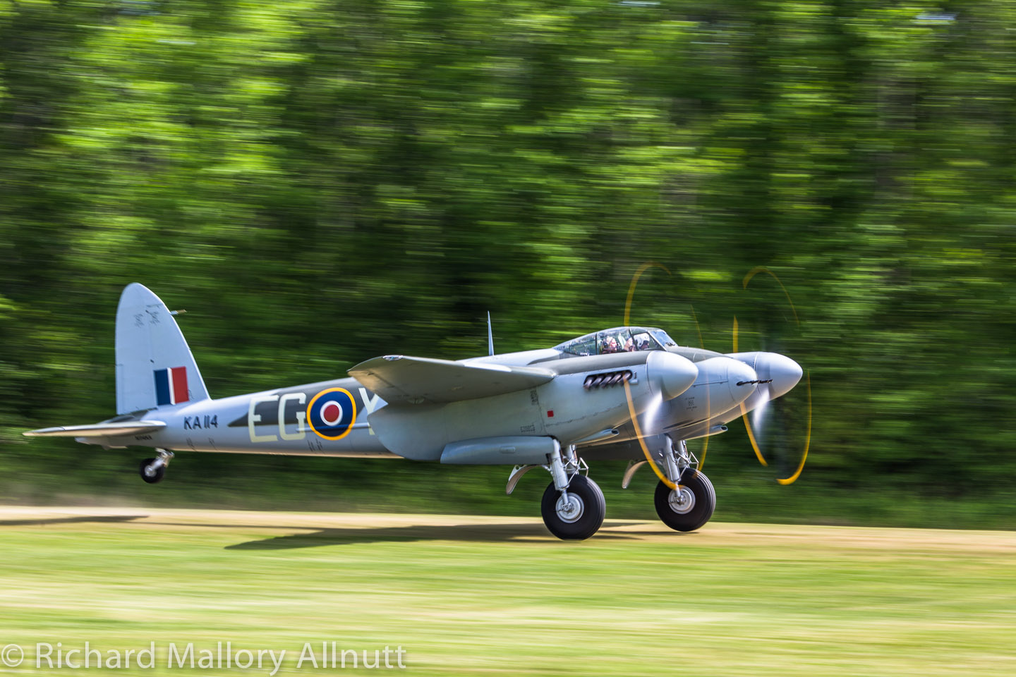 _C8A0396 - Richard Mallory Allnutt photo - Warbirds Over the Beach - Military Aviation Museum - Pungo, VA - May 17, 2014