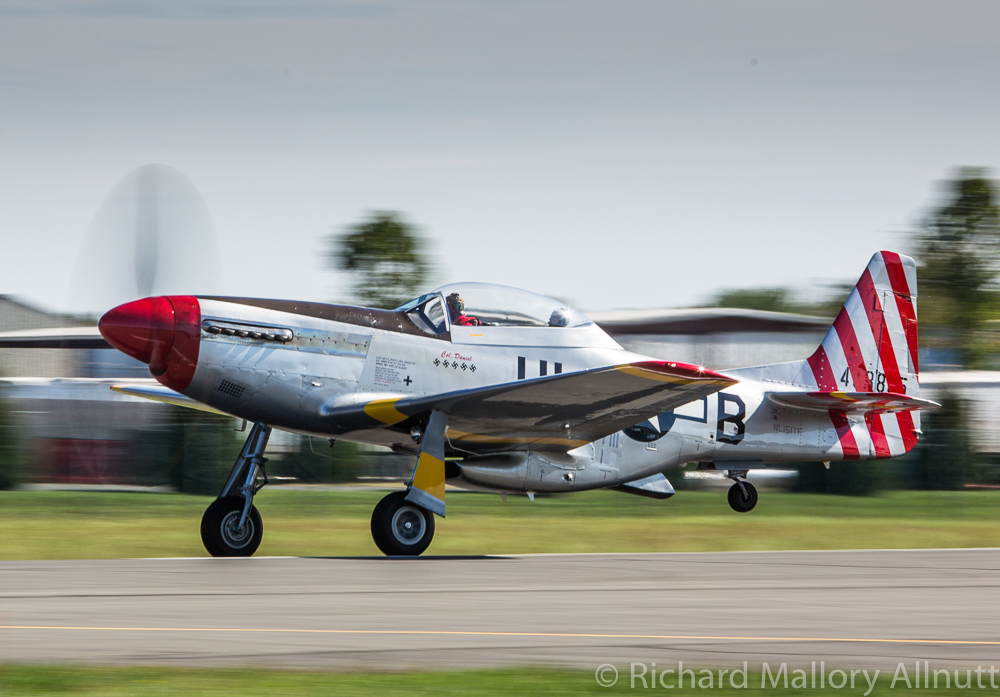 The TF-converted Mustang takes to the skies. (photo by Richard Mallory Allnutt)