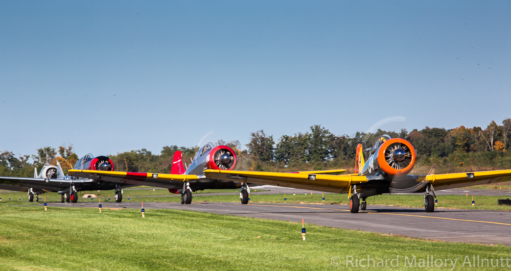 Texans taxiing out for the mass flypast. (photo by Richard Mallory Allnutt)