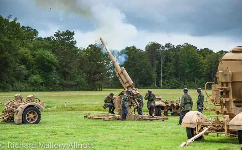 Something you'll never see at any other air show, a genuine WWII 88mm Flak 36 cannon demonstration. (photo by Richard Mallory Allnutt)