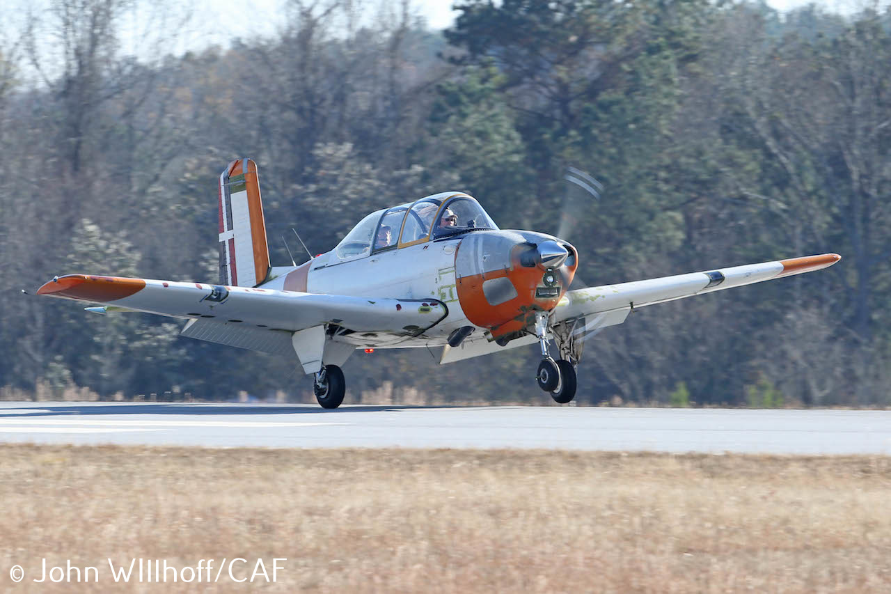 caf-dixie-wingt-34b_first-flight_photo-by-john-willhoff4