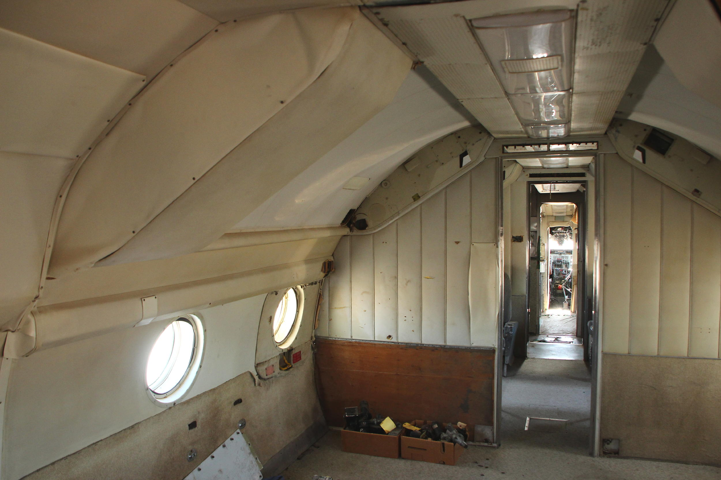 The rather barren passenger cabin aboard Columbine II. (Ken Stoltzfus photo)