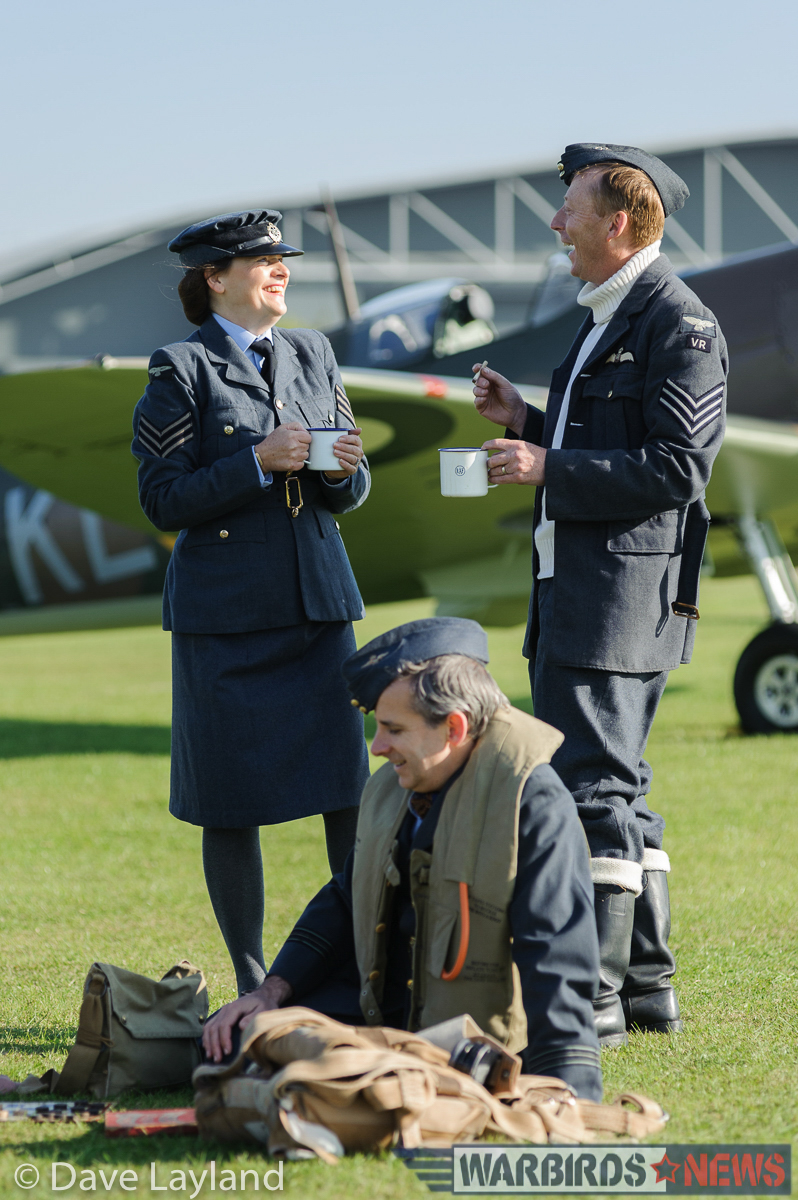 Re-enactors with aircraft. (photo by Dave Layland)