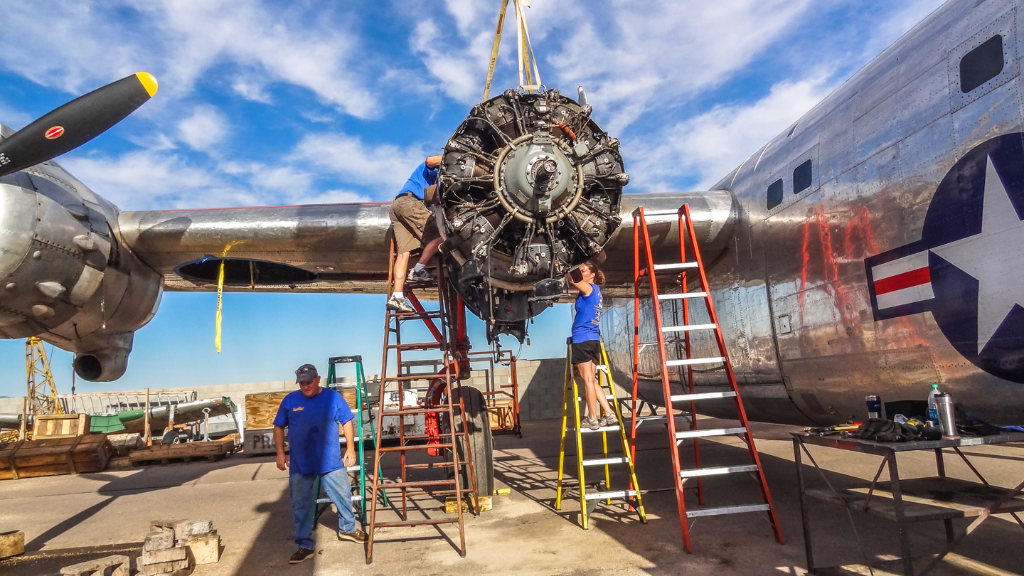 The team removing the recalcitrant #3 engine. (GossHawk Unlimited photo)