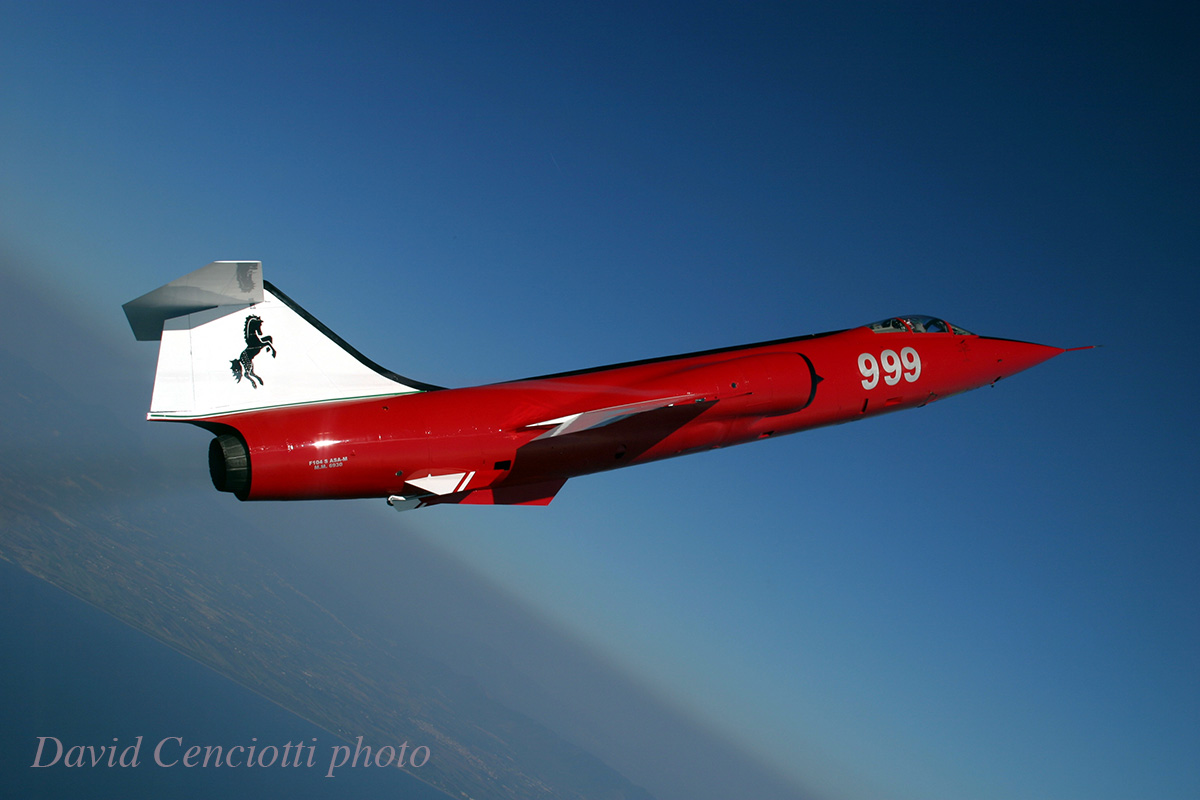 The Italian Air Force celebrated the end of their Starfighter operations with a magnificently painted F-104S captured beautifully in this David Cenciotti photograph. To learn more about this amazing aeroplane, please click here.