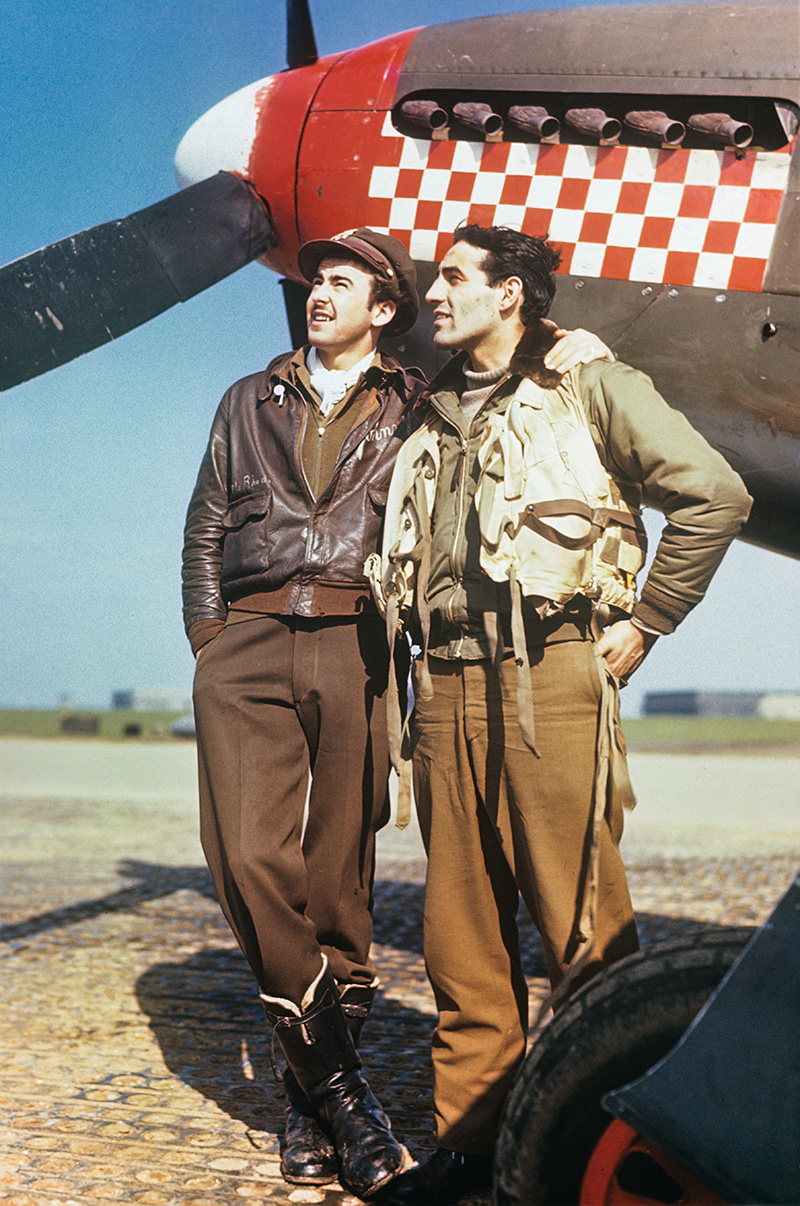 Don Gentile (r) and his wingman John Trevor Godfrey (l) circa 1943. (photo via USAF)