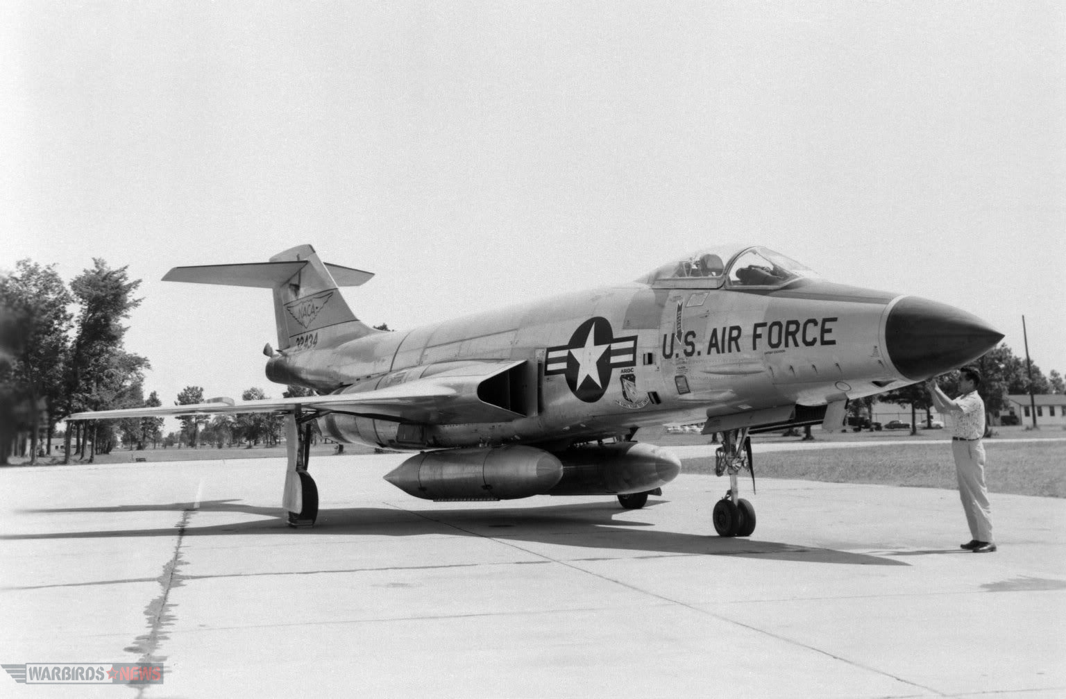 F-101 Voodoo)RObert F. Dorr Collection9