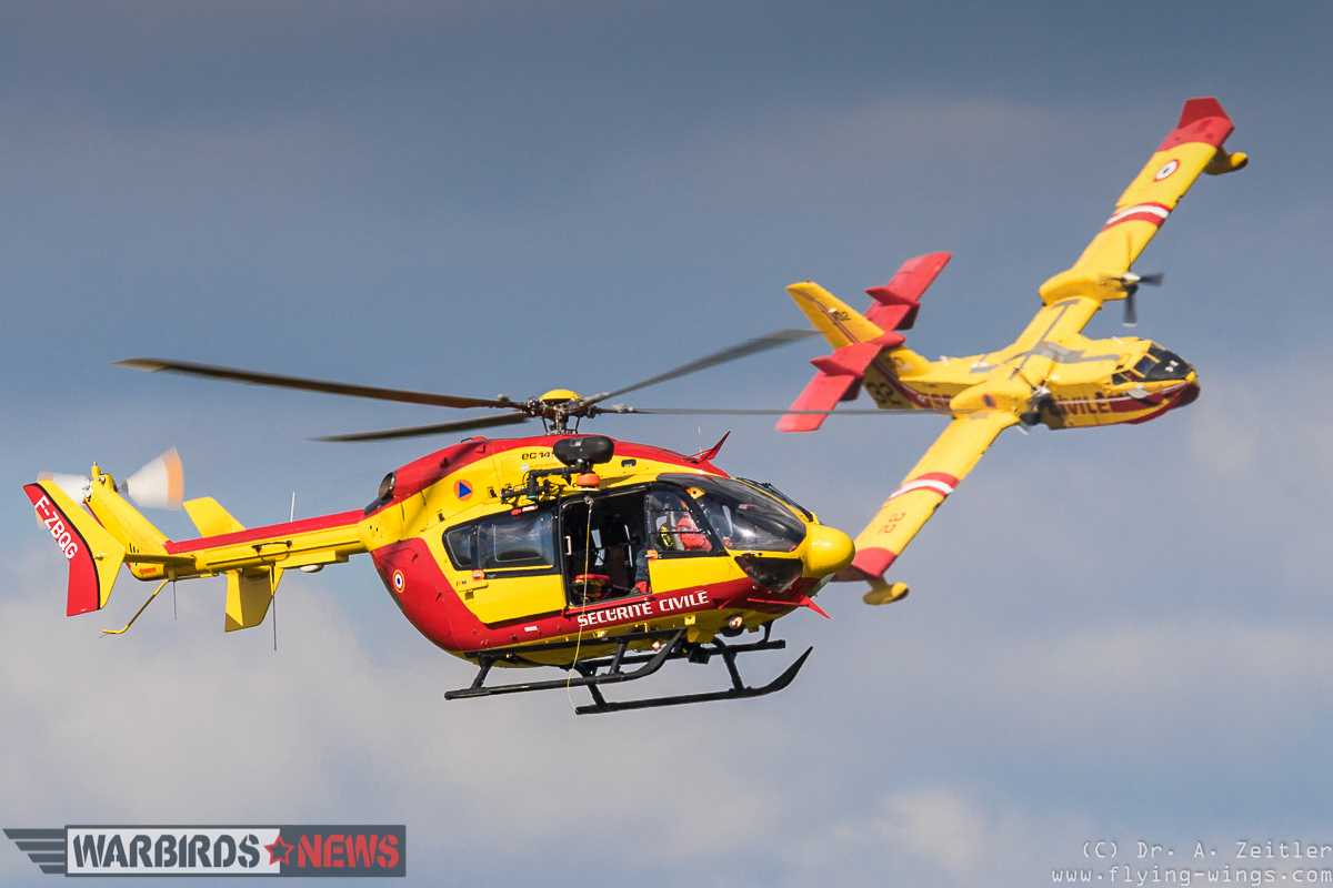 Aircraft of the Security Civile flying at the show. (photo by Andreas Zeitler)
