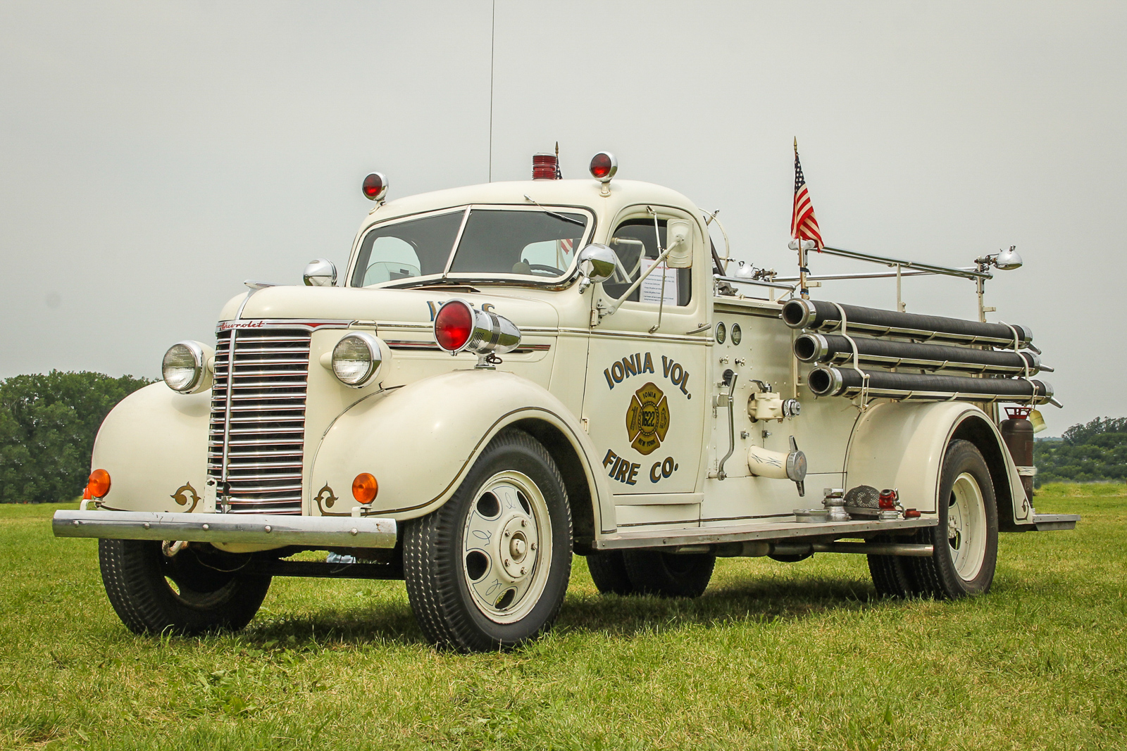 1939 Chevrolet Pumper. (photo by Tom Pawlesh)