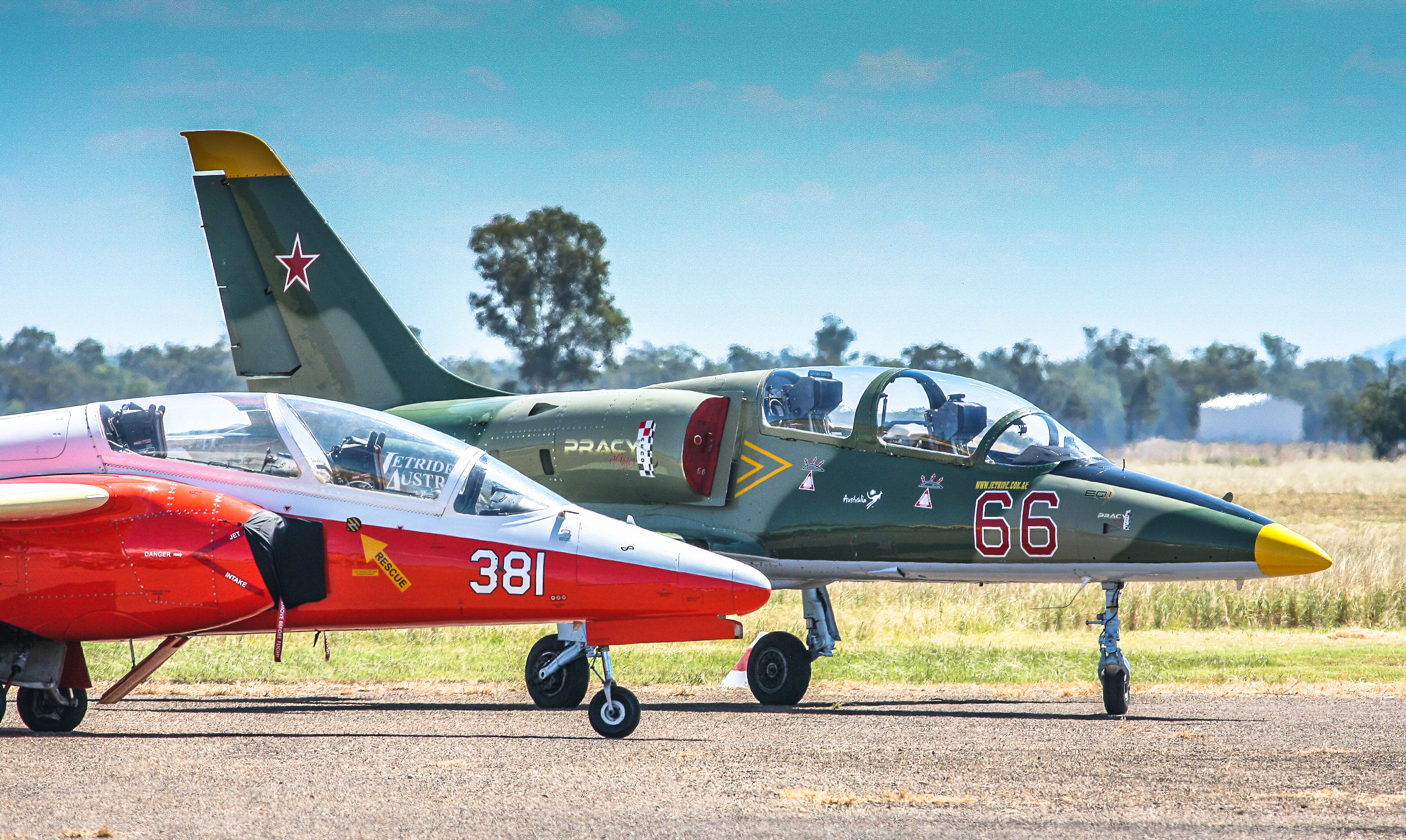 The SIAI-Marchetti (forground) and L-39. David Gale flew them both ably over the course of the show. (photo by Phil Buckley)