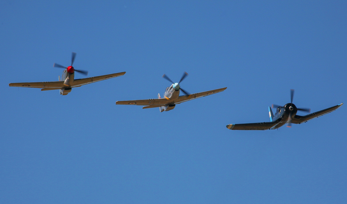A closeup of the Mustangs and Corsair. (photo by Phil Buckley)