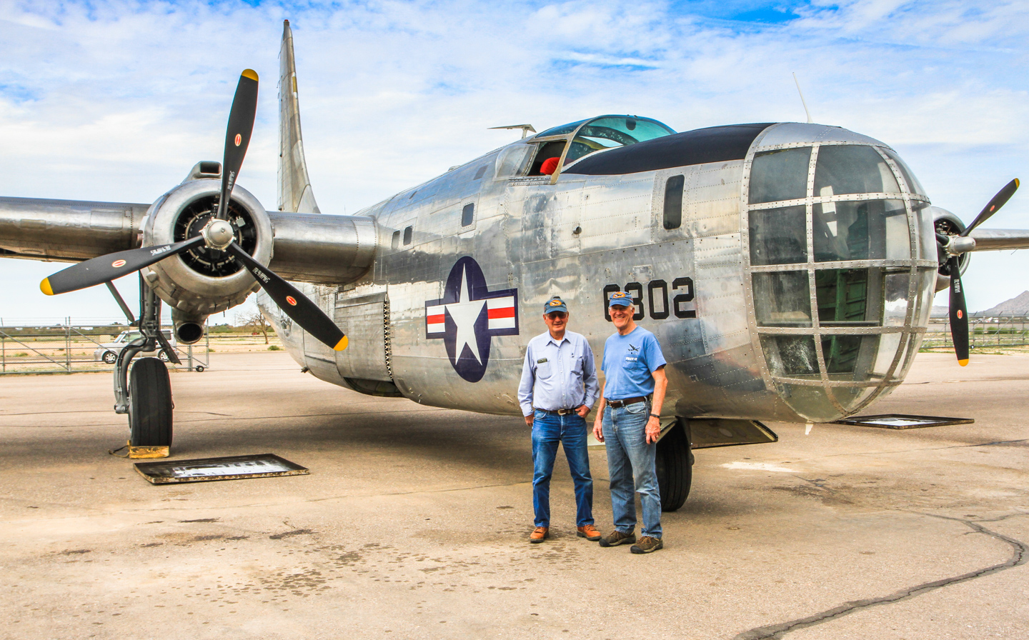 Pilot Woody Grantham (left) and Copilot Bruce Brockhagen (right). (Photo by Zdenek Kaspar)