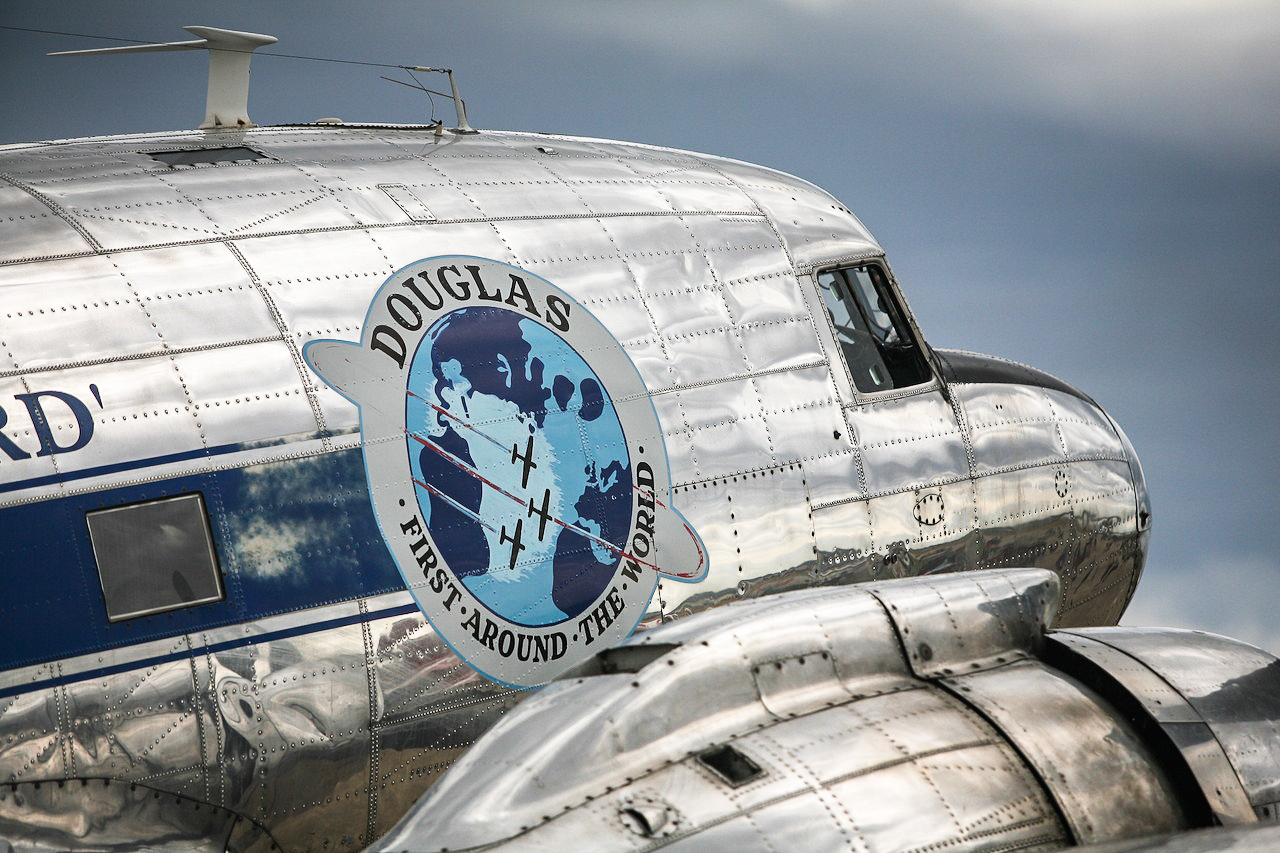 DC-3. (photo by Phil Buckley)