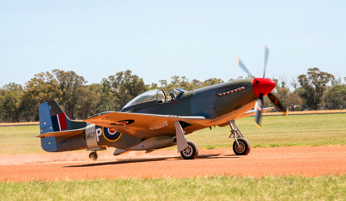 A nice closeup of the Dick Hourigan's CAC CA-18 Mustang 21. (photo by Phil Buckley)