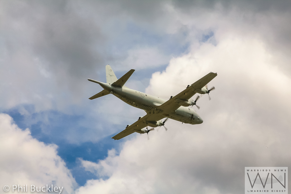 Orion A9-659 overflying Albion Park prior to its departure following the handover ceremony. (photo by Phil Buckley)