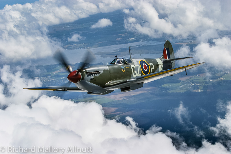 Jerry Yagen's Spitfire Mk.IX will be performing alongside his Hurricane, Mosquito, and the Canadian Warplane Heritage Museum's Avro Lancaster X at this year's Warbirds Over the Beach air show. (photo by Richard Mallory Allnutt)