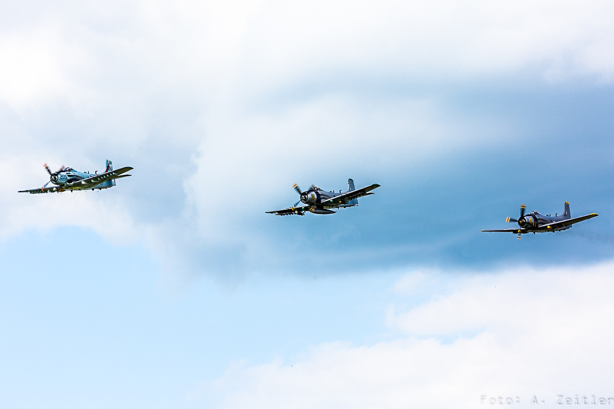 Three Skyraiders!