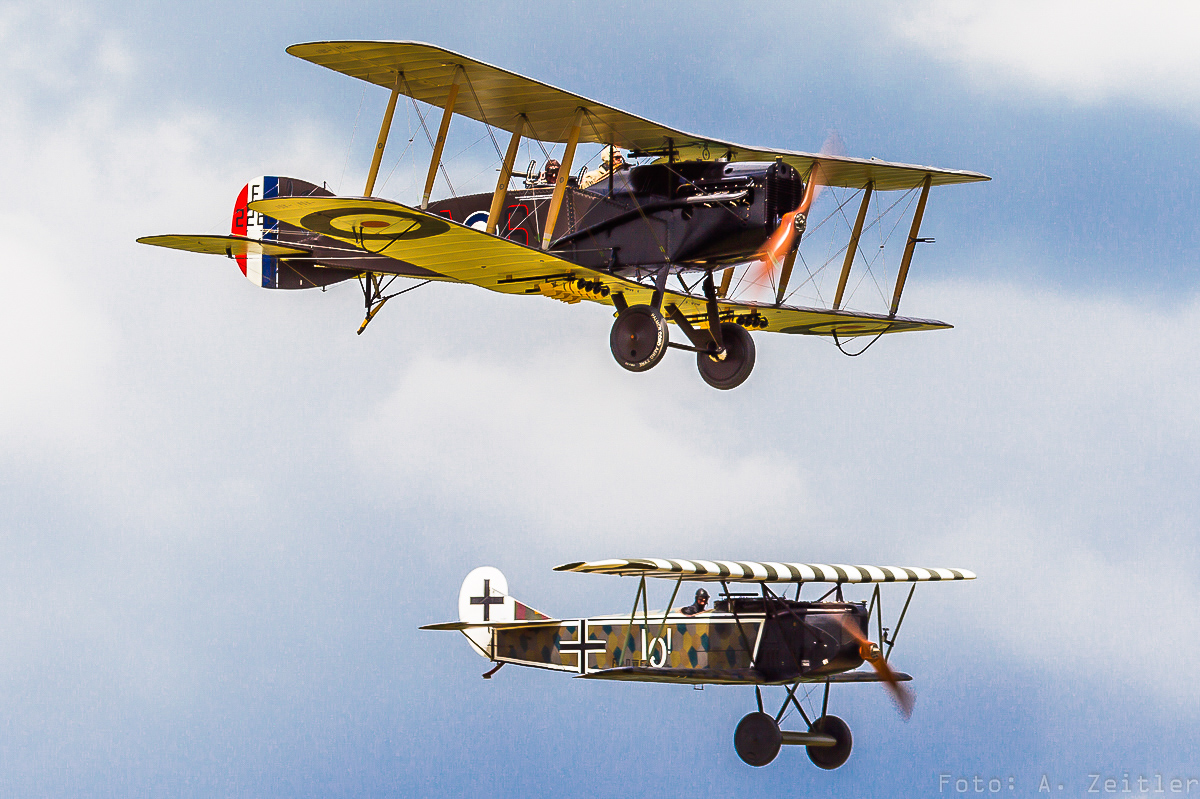 The TVAL Bristol Fighter in formation with the BMW IIIa engined Fokker D.VII.