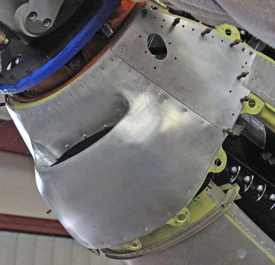 Lower carburetor air intake chin cowl. (photo via Tom Reilly)