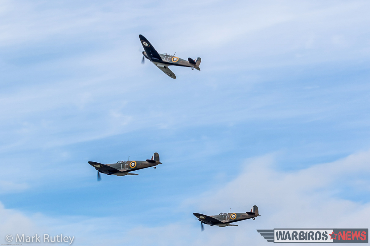 The Spitfires pealing off for landing. (photo by Mark Rutley)