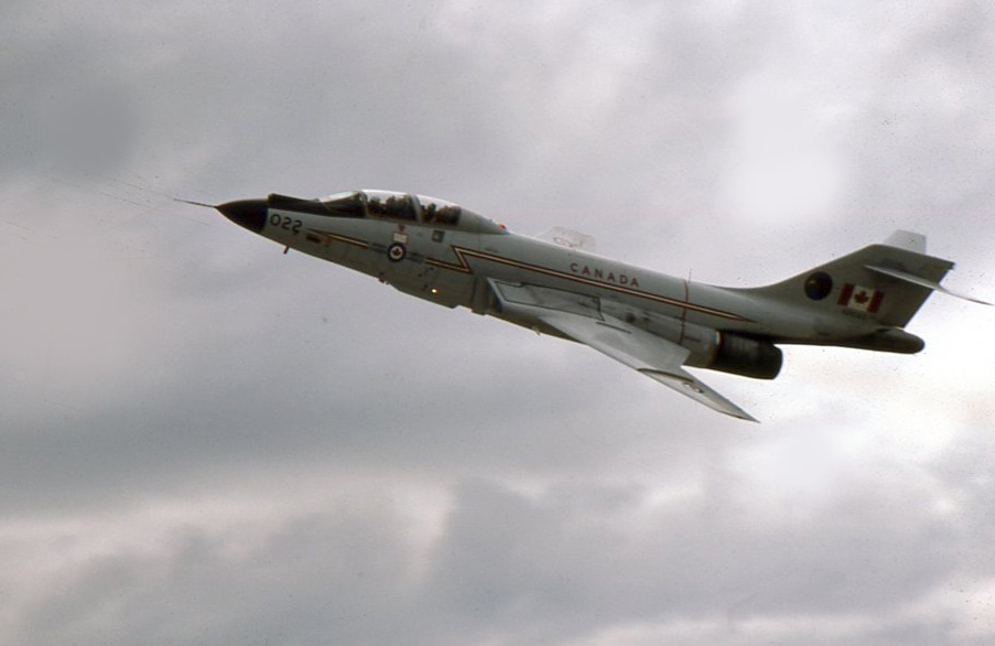 McDonnell_CF-101_in_air_show