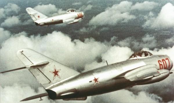 MiG-17 (Fresco-A) 8