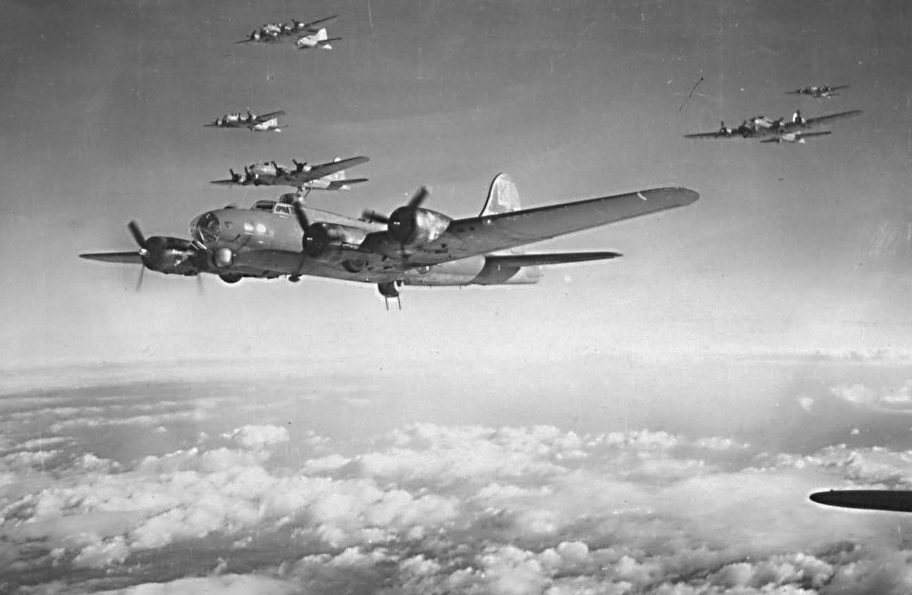 B-17 Bomber group in formation, ca. 1944-1945. (photo via Delaware Historical Society)