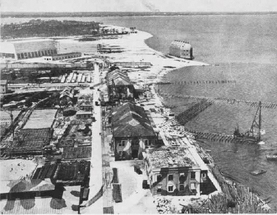 NAS Pensacola in 1918 (photo via Wikipedia)