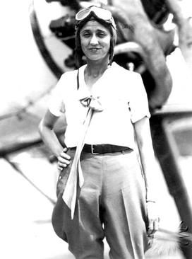 Blanche Noyes, one of the pilots in the 1929  Women's Air Derby. (photo via Wikipedia)
