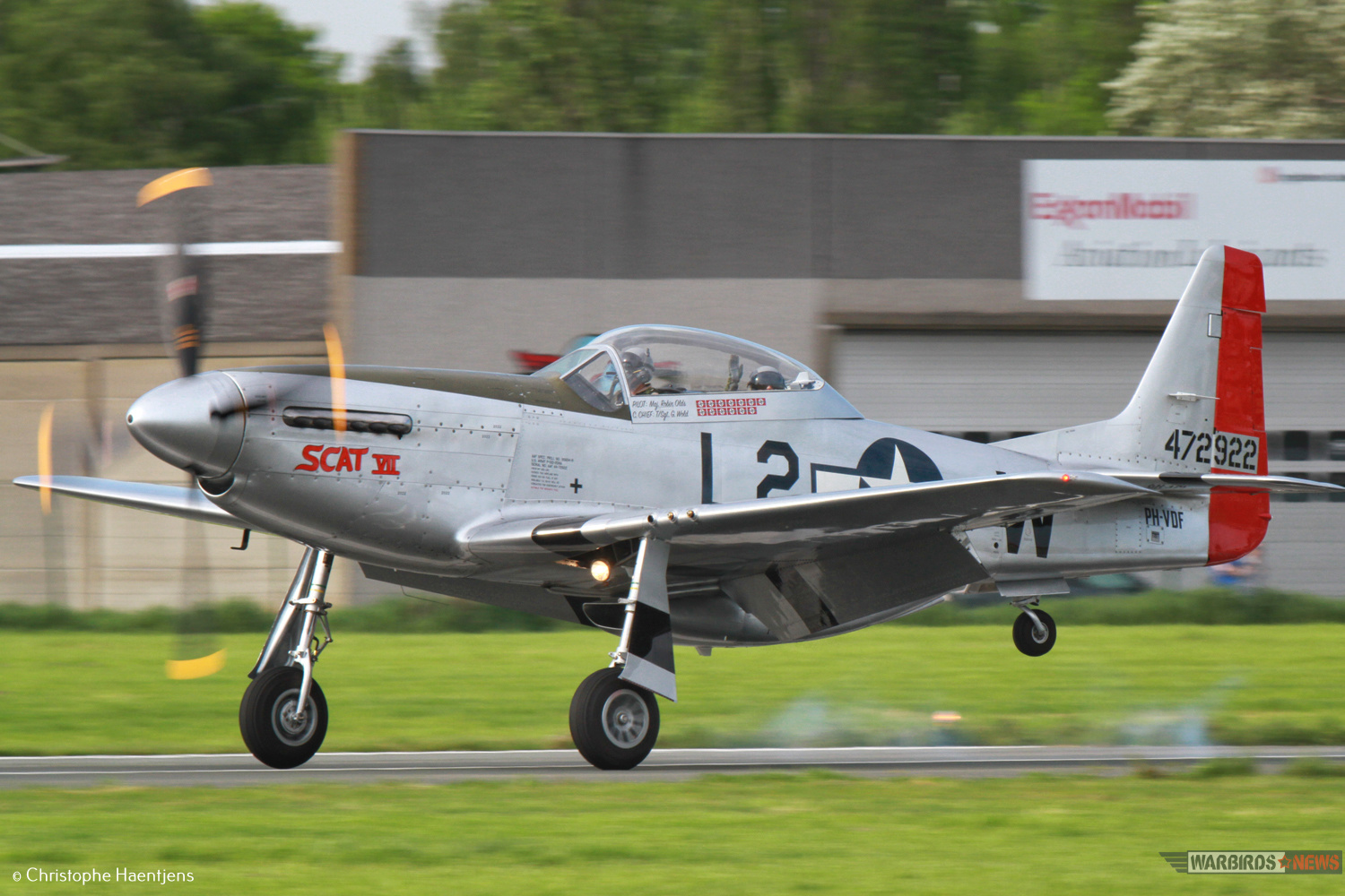 P-51 Scat VII_ Christina Olds_ Photo By Christophe Haentjens2