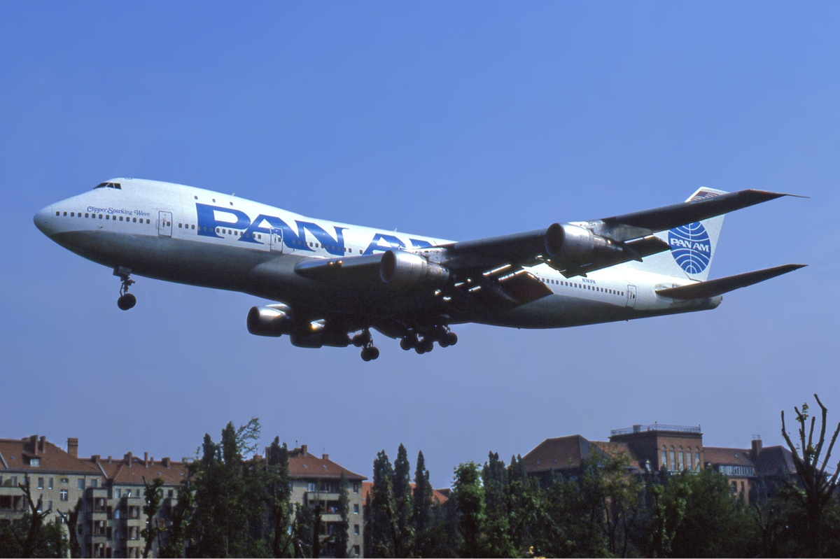 A Pan Am Boeing 747-100. (photo via Wikipedia)